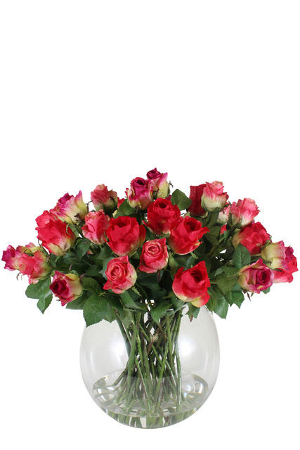 http://www.flower-genie.co.uk/profile/Roses in Fish Bowl Vase