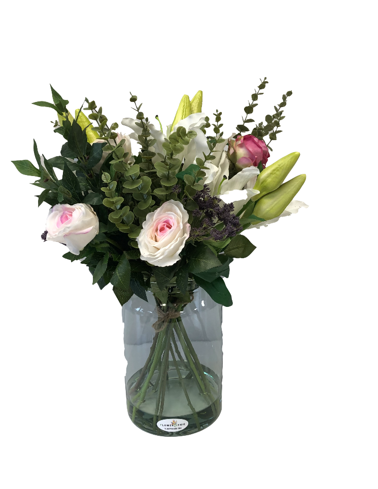 https://www.flower-genie.co.uk/profile/Elegance Bouquet -  lilies / rose